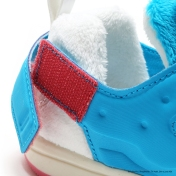 packer-atmos-reebok-doraemon-kids-10