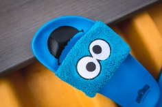 Puma x Sesame Street Slides Cookie Monster 362456 01-15