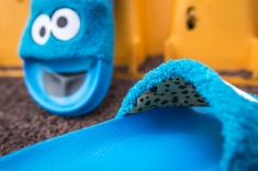 Puma x Sesame Street Slides Cookie Monster 362456 01-17
