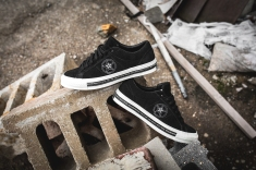 Neighborhood x Converse One Star OX 158601C-9
