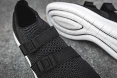 Nike Air Sockracer Flyknit 898022 001-9