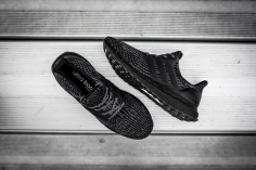 Ultra Boost black-10