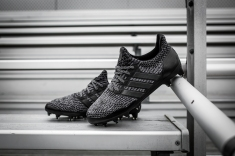 Ultra Boost black cleat-11
