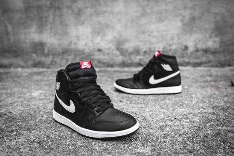 Air Jordan 1 Retro High OG 'Ying Yang' 555088 011-7
