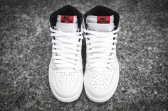 Air Jordan 1 Retro High OG 'Ying Yang' 555088 102-4
