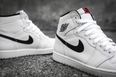 Air Jordan 1 Retro High OG 'Ying Yang' 555088 102-8
