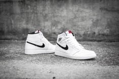 Air Jordan 1 Retro High OG 'Ying Yang' 555088 102-9