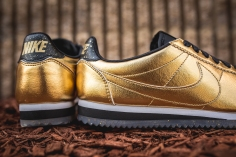 Nike W Classic Cortez Leather SE 902854-700-10