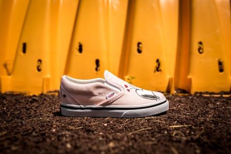 Peanuts x Vans Classic Slip-On Smack VN0A32QJOQV -2
