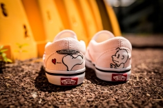 Peanuts x Vans Classic Slip-On Smack VN0A32QJOQV -7