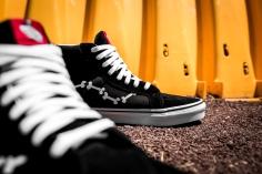 Peanuts x Vans Sk8-Hi Reissue Snoopy Bones VN0A2XSBOHL-10