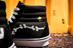 Peanuts x Vans Sk8-Hi Reissue Snoopy Bones VN0A2XSBOHL-7
