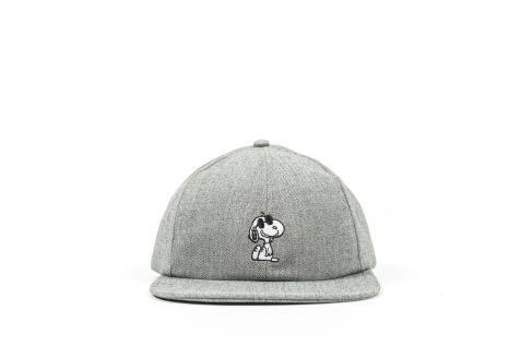 Peanuts x Vans Snoopy Hat front