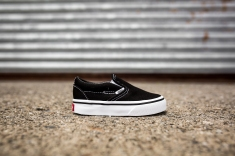 Vans infant Classic Slip-On VN000EX8BLK-2