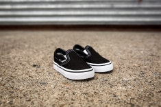 Vans infant Classic Slip-On VN000EX8BLK-3