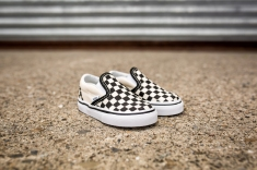 Vans infant Classic Slip-On VN000EX8BWW-3