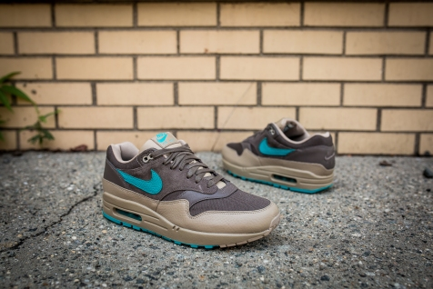 Nike Air Max 1 Premium 875844 200-10