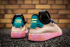 Pharrell x adidas Tennis HU BY2672-6
