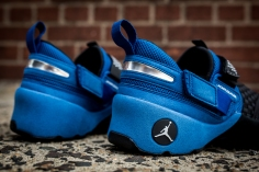 Air Jordan Trunner 1 blue-black-7