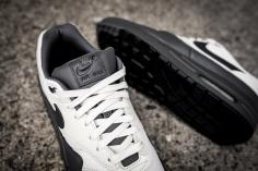 Nike Air Max 1 Premium 875844 100-9