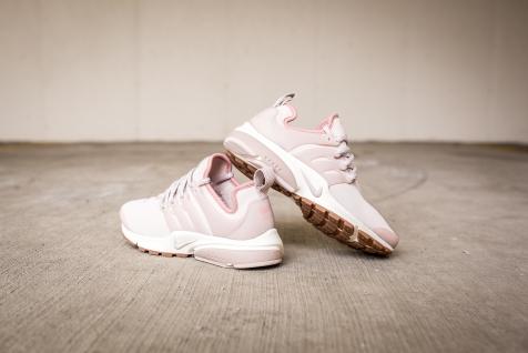 Nike W Air Presto PRM 878071 601-11