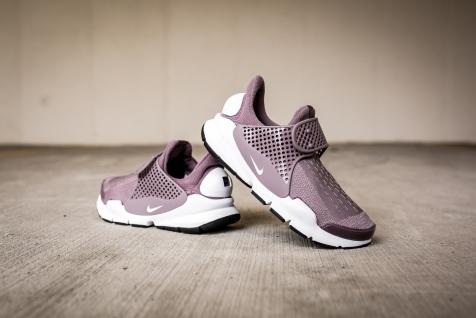 Nike W Nike Sock Dart 848475 201-11