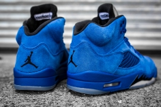 Air Jordan 5 'Blue Suede' 136027 401-6