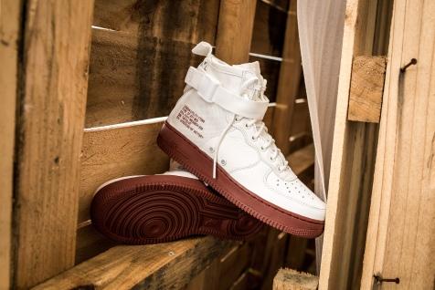 Nike SF AF1 MID 917753 100-13