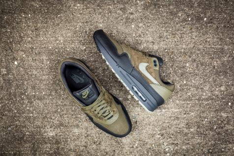 Nike Air Max 1 Premium 875844 201-10