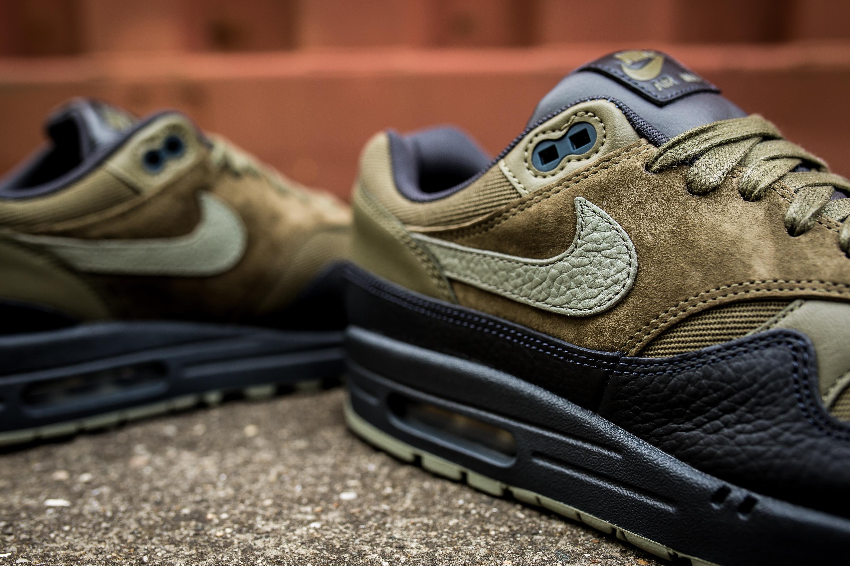 Moos' nieuwe Nikies | Nike air max, Nike air