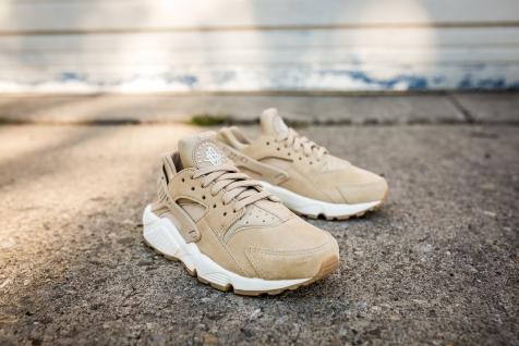 Nike Huarache Run SD AA0524 200-8