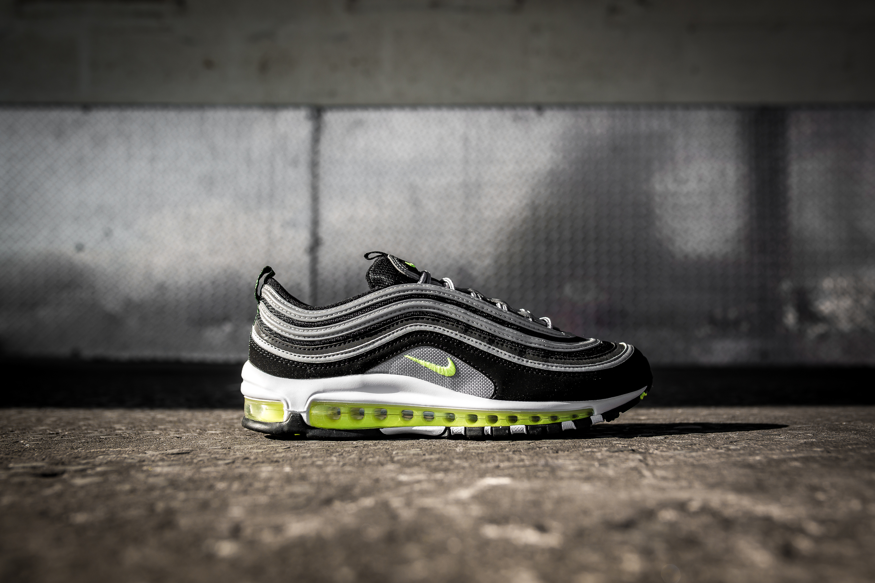 Nike Air Max 97 Japan OG (black volt) | 43einhalb