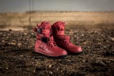 Nike W SF AF1 857872 600-3