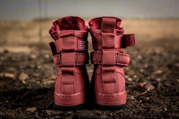 Nike W SF AF1 857872 600-5