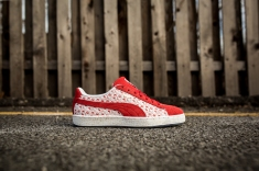 Hello Kitty x Puma Suede 366306 01-2