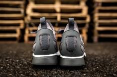 Nike Air Zoom Mariah Flyknit Racer 918264 009-5
