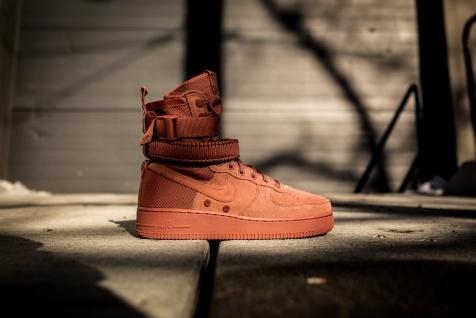 Nike SF AF1 864024 204-2