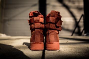 Nike SF AF1 864024 204-5