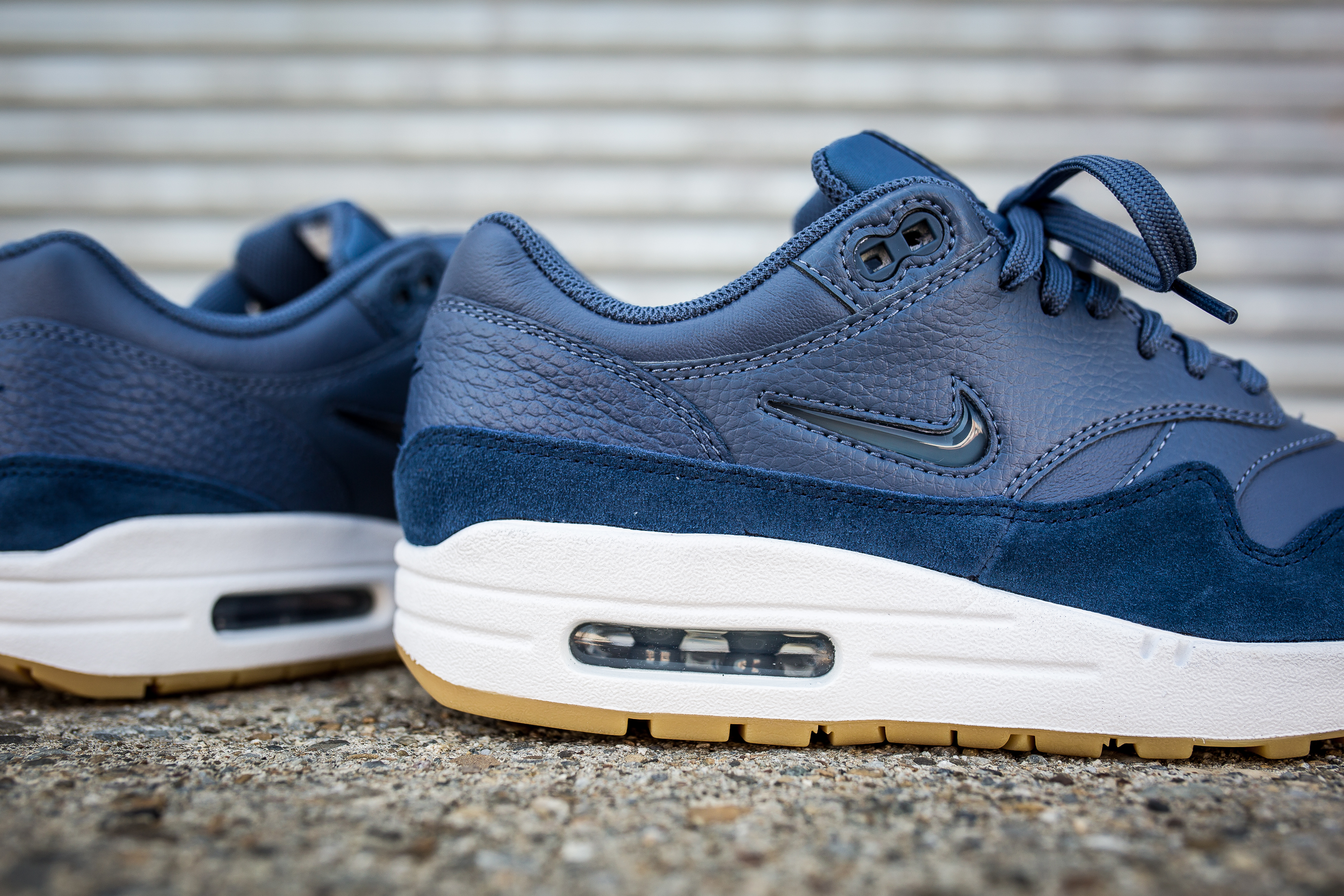 nike wmns air max 1 premium sc blue packer shoes. Black Bedroom Furniture Sets. Home Design Ideas