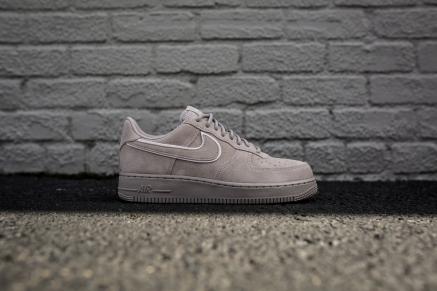 Nike Air Force 1 '07 AA1117 201-2