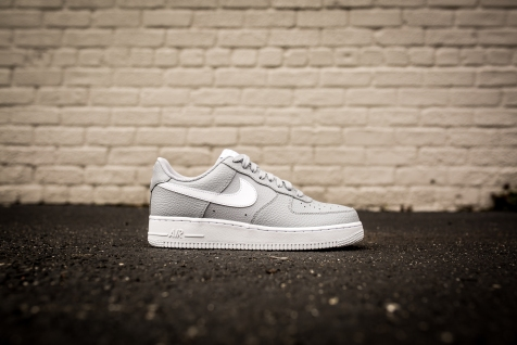Nike Air Force 1 '07 AA4083 013-2