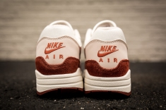 Nike Air Max 1 AH8145 104-5