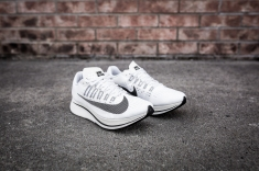 Nike Zoom Fly 897821 100-10