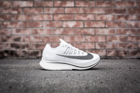 Nike Zoom Fly 897821 100-9