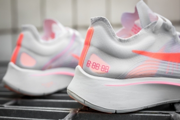 Nike Zoom Fly SP AJ8229 108-6