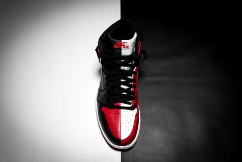 Air Jordan 1 Retro 861428 061-5