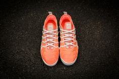 Nike W Air Vapormax Plus AO4550 003-4