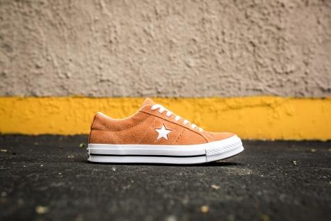 Converse One Star 161574C-2