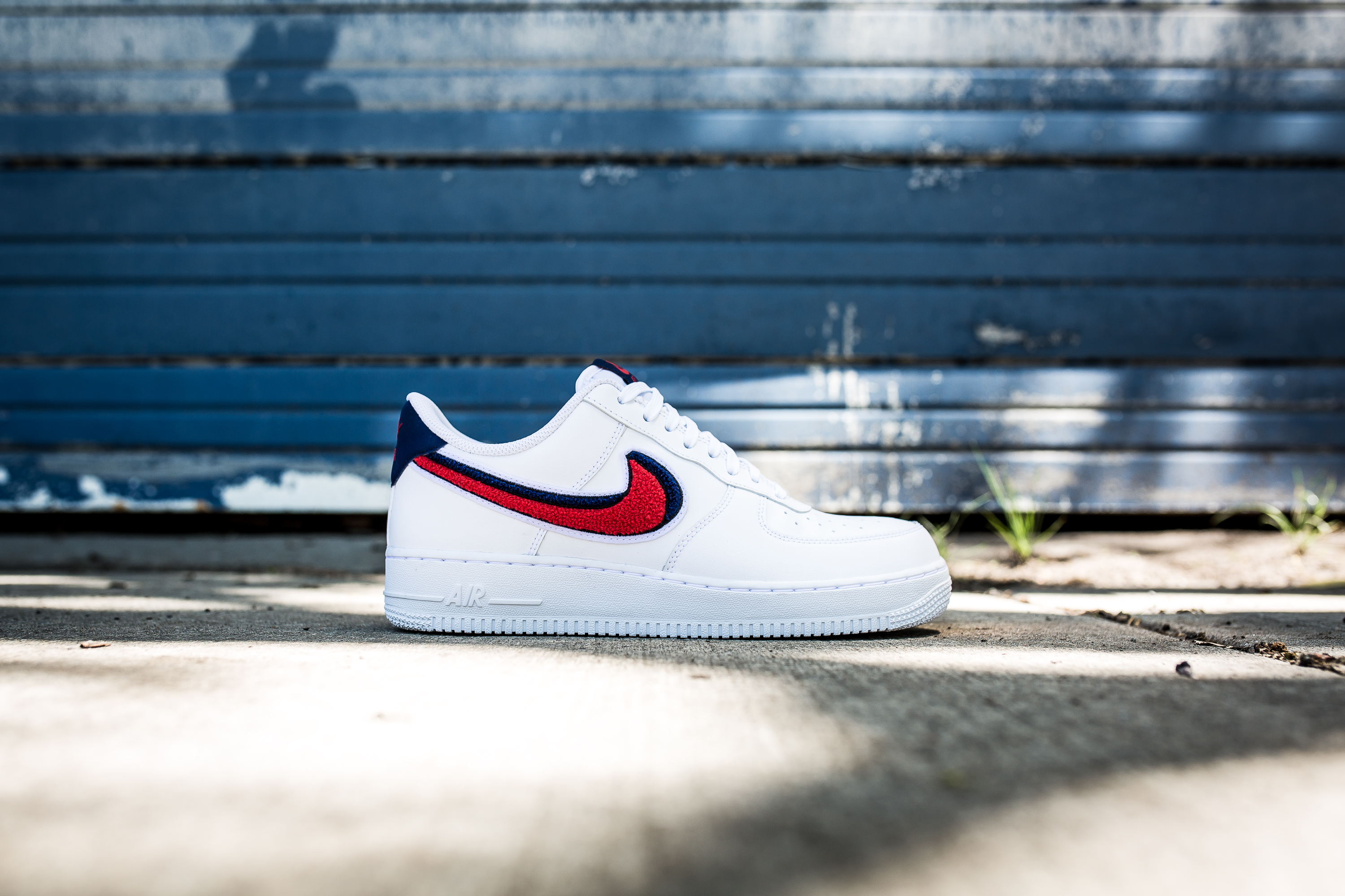 nike air force 1 '07 trainers in white 823511-106