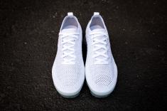 Nike Air Vapormax Flyknit 2 942842 100-4